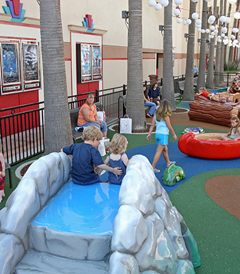 GFRE-OUTDOOR-PLAY-ELEMENTS-Shops-at-Riverpark-400x400
