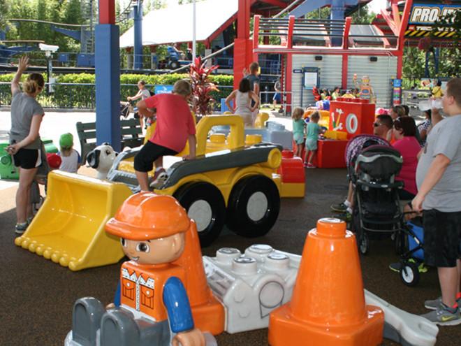 Legoland-Tot-Lot-1-660x660