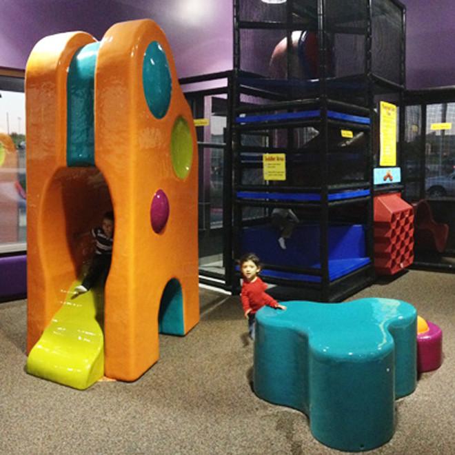 McDonalds-Playplace-Towers-55103-660x660