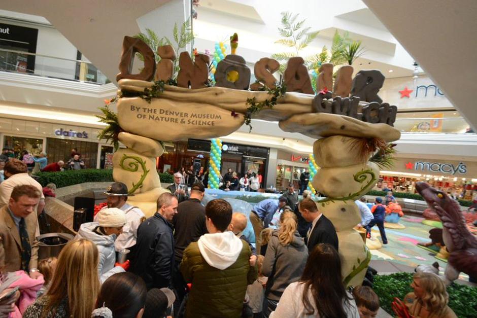 PLAYTIME-Cherry-Creek-Shopping-Center-Dinosaur-Gulch-Play-Area-2-940x627