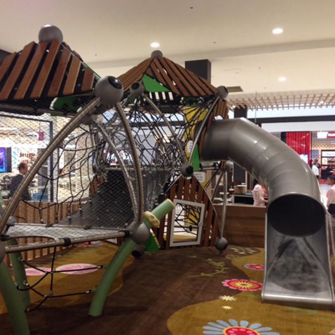 Cranbourne-Park_Australia-play-area-slide-660x660