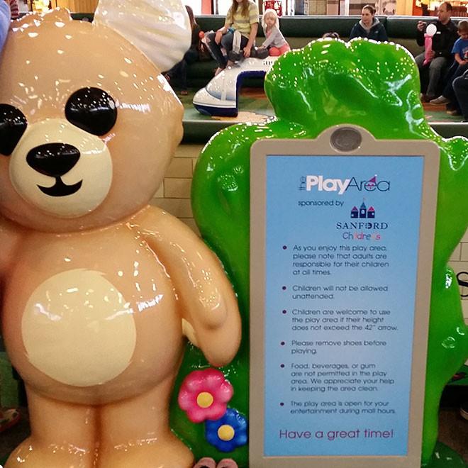 Kirkwood-Mall-Play-Area-2-660x660