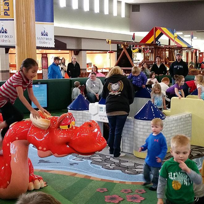 Kirkwood-Mall-Play-Area-5-660x660