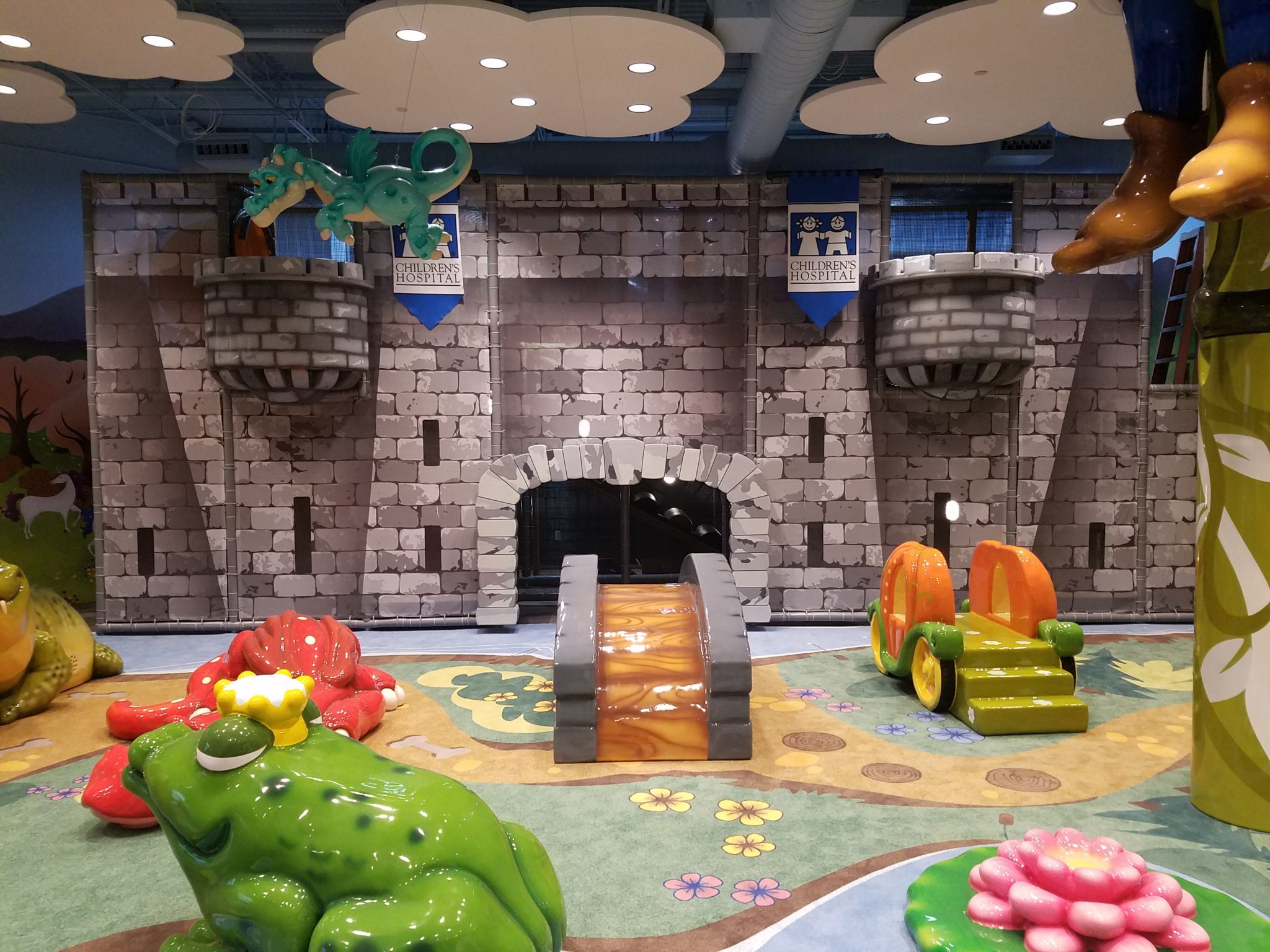 Lakeside Shopping Center Play area by PLAYTIME