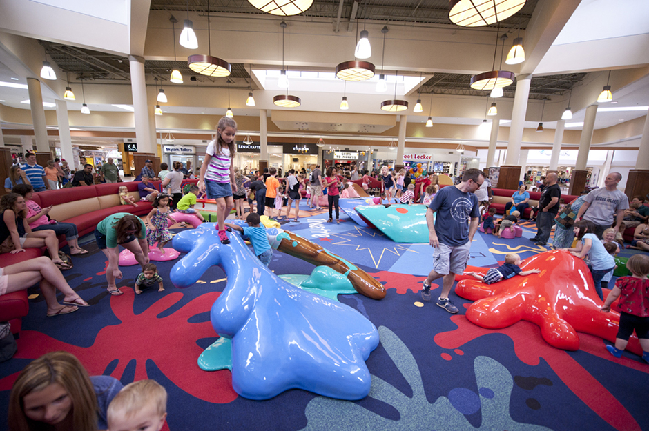 Custom play area in mall