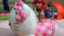 PLAYTIME Hello Kitty play area