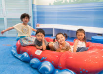 kids playing pearl dental play area by playtime ocean theme