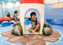 kids playing at pearl dental play area by playtime ocean theme